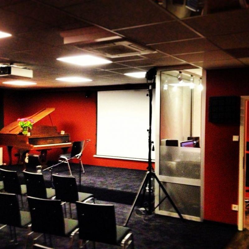 Konzertraum - Konzerte mit Live-Ton-Auftahme bis zu 40 Zuschauer   - stadtmagazin Studio - Köln- Bild 2