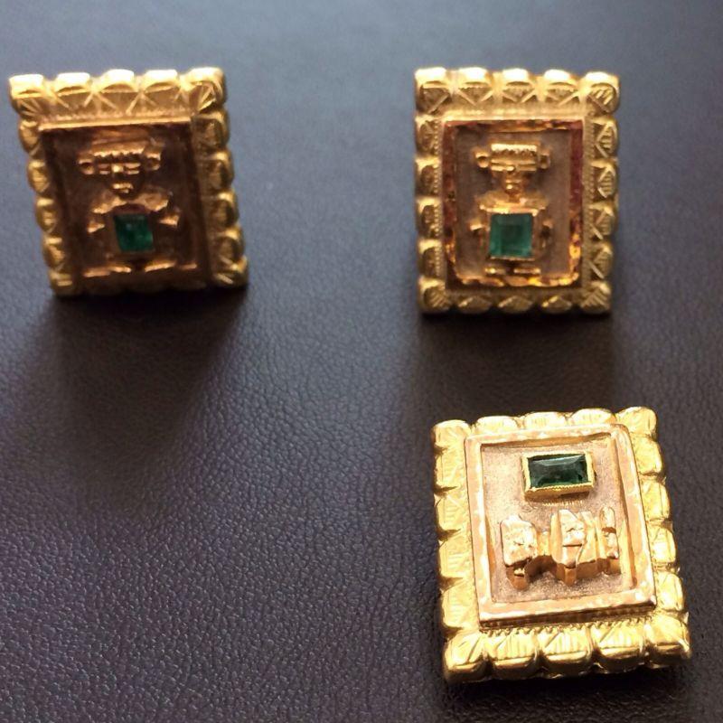 Antiker Inkaschmuck aus Südamerika in 18Kt.750 Gold mit tannengrünen Smaragden gefasst bestehend aus: 1 x Ring  1 x Paar Ohrringen 1 x Anhänger  Neupreis: 6.000.-€ Gesamtpreis: 2.500.-€ Sie sparen 60%! - Schwabengold - Stuttgart