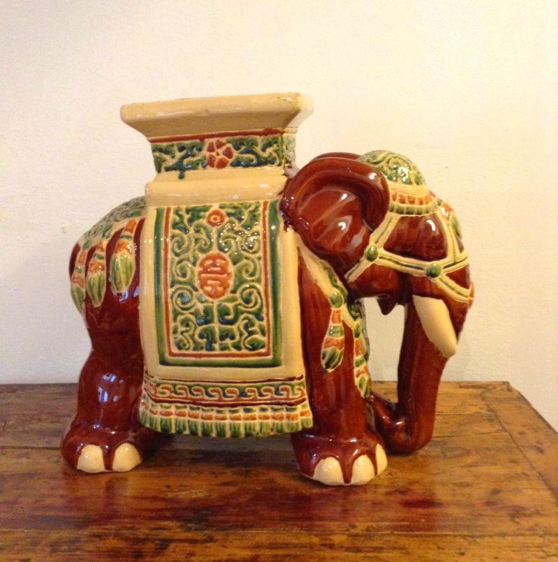 Traditioneller Elefant - Living asia Wohnimpressionen aus Fernost - Ulm
