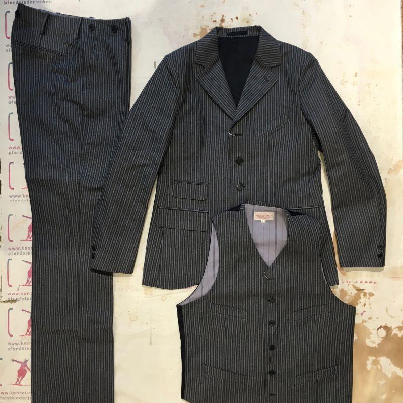 Adjustable Costume, Japan: 3 piece striped cotton suit, 40 and 42, EUR 1376,- - Kentaurus Pferdelederjacken - Köln