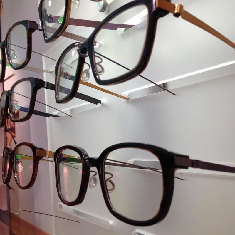 Brillen aus Büffelhorn von LINDBERG - Optiker Kalb - Stuttgart- Bild 2