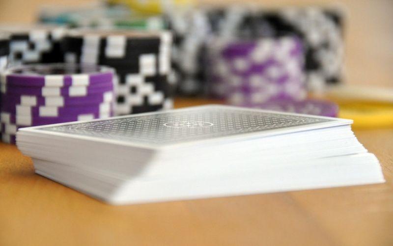 Poker - (c) fielperson/https://pixabay.com/de/spielen-kartenspiel-poker-593209/