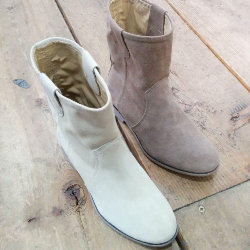 Shoot Shoes  - Freudenhaus Heidelberg - Heidelberg