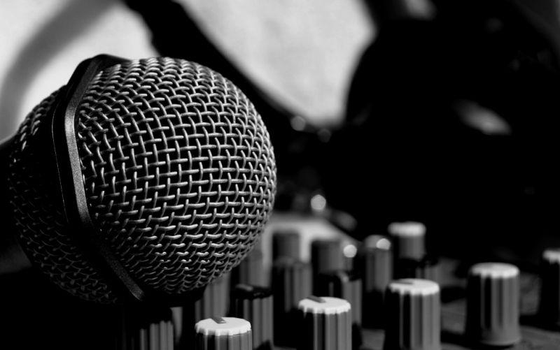 Musik  - (c) IchSelbst! / pixelio.de / http://www.pixelio.de/media/179474 / Musik!