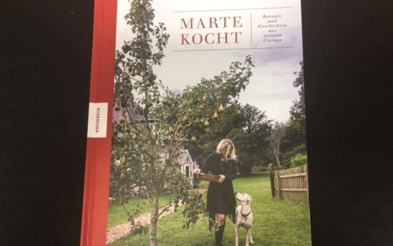 - (c) Marte kocht / Rezepte und Geschichten aus meinem Cottage / Knesebeck Verlag / Marte Marie Forsberg