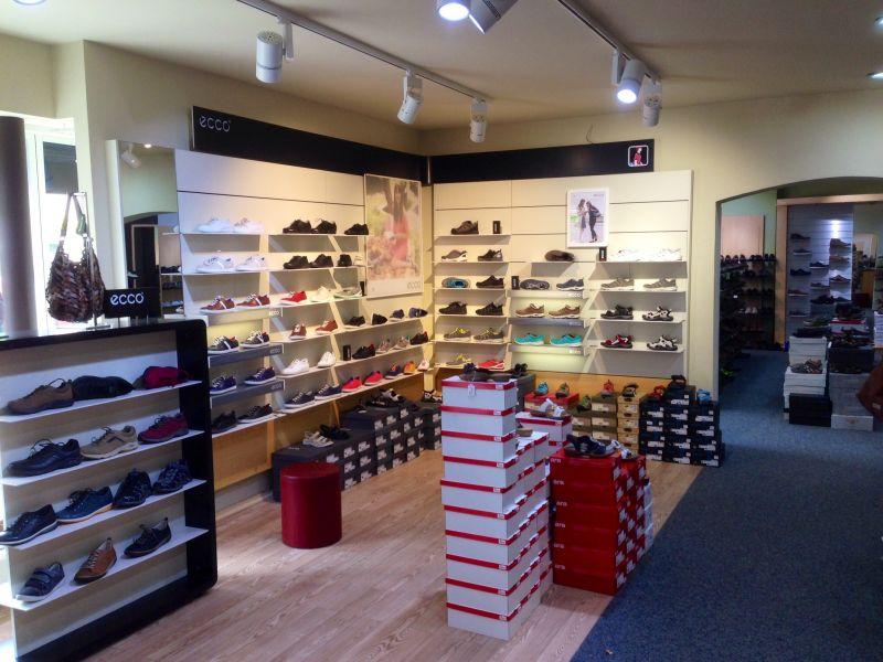 Foto 1 von Barner Schuhe Filiale Wendlingen in Wendlingen am Neckar