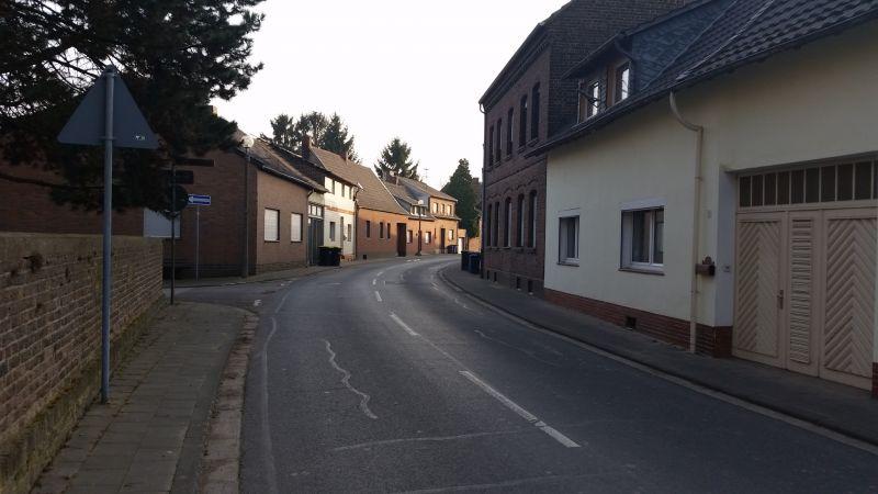 Ruhige Straße durch Manheim