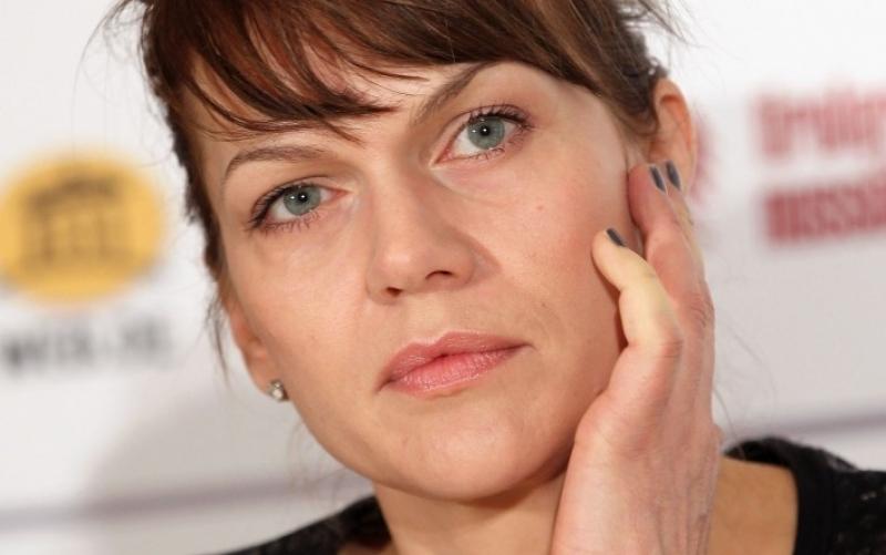 Anna Loos bei einer Pressekonferenz im Februar 2011 in Berlin - (c) Sean Gallup / Getty Images