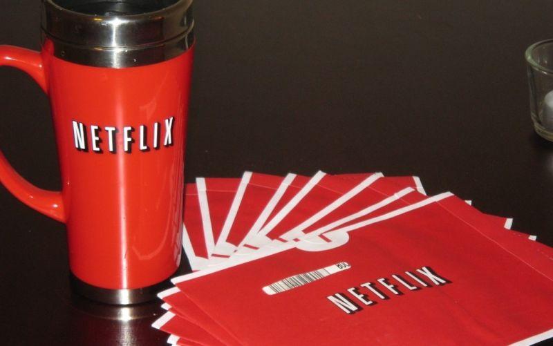 Netflix! - (c) flickr.com/Matt Perreault/https://www.flickr.com/photos/dirigibleduck/3238109392/in/photolist-5W9a7h-7e1gyx-6YdE5v-39q165-54d95X-64HWdo-6SnWyT-hjVFk7-4CGm3s-tNH4P-53xZNB-3eaSpJ-enTcF-8FFrBp-7yekZL-AscVqm-94mDyX-eA5nMs-7cG1fK-3muNsx-dJQnha-gwwP6-eCZ7JC-9cFmNT-7iPrST-24m3o2-74R6y5-9A6sey-9vou6m-wy1x8-a3C7gC-4LvM1C-2tzYCH-24m3oZ-7pCcqg-2a3TCG-dxo4vw-HDR26-9dXzoE-skdEK5-dZseTA-CpuqQj-HsfKS-6qe1AJ-eg35tz-98qSsb-dfQSJ3-GitbD-7yek7N-7yauEX