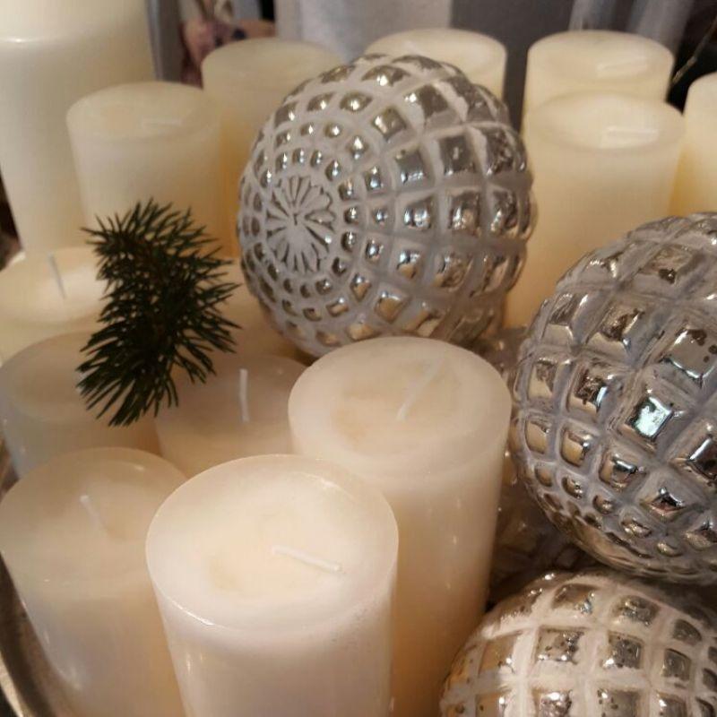 wir w nschen euch allen frohe weihnachten und einen guten. Black Bedroom Furniture Sets. Home Design Ideas