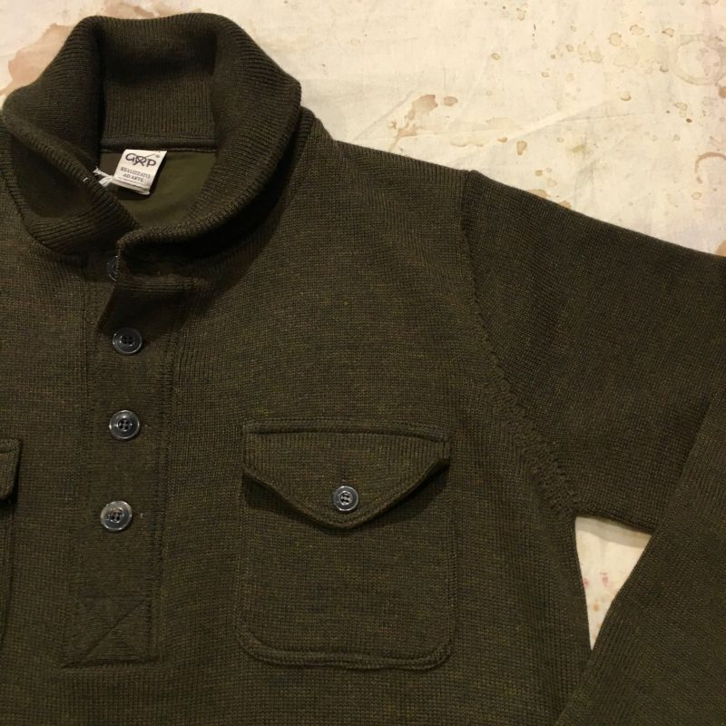 G.R.P. : Mischung aus Henley und Pullover: Knopfleisten Hemd aus schwerem Wollstoff, Grössen S - XXL, EUR 275,- - Kentaurus Pferdelederjacken - Köln