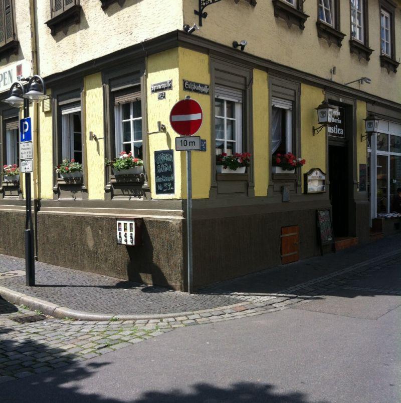 Pizzeria Trattoria Rustica Bad Cannstatt - Pizzeria Trattoria Rustica - Stuttgart- Bild 1