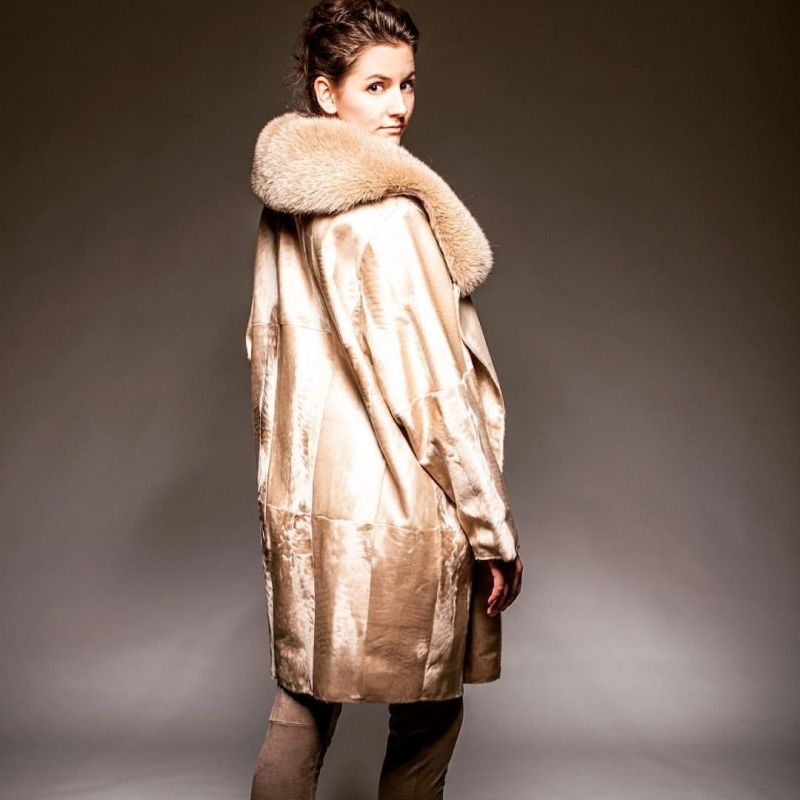 Silklamb jacket  with fox collar, reversible with fabric  - FUR STYLE Jochen Leutner Pelze - Stuttgart- Bild 1