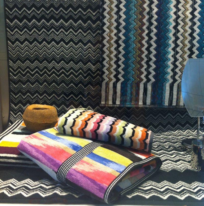 m i s s o n i handt cher badet cher im classic designe zick zack muster und auch als. Black Bedroom Furniture Sets. Home Design Ideas