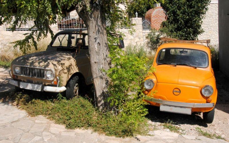 Ein Gebrauchtwagenverkauf erfordert Vertrauen und sollte ordentlich geplant werden. - (c) Raphaela C. Näger / pixelio.de