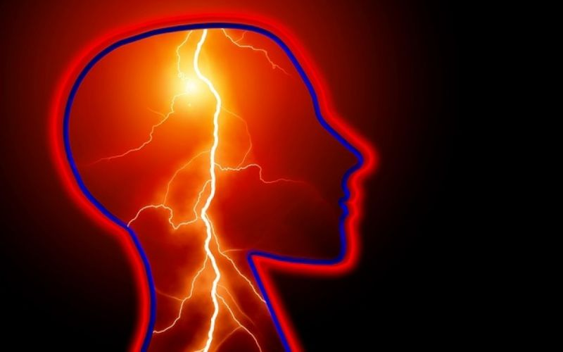 - (c) https://pixabay.com/de/epilepsie-beschlagnahme-schlaganfall-623346/