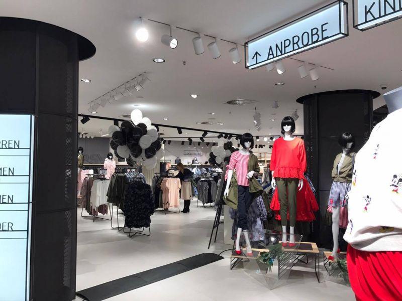 Natalie Huberto /Reserved Store Opening