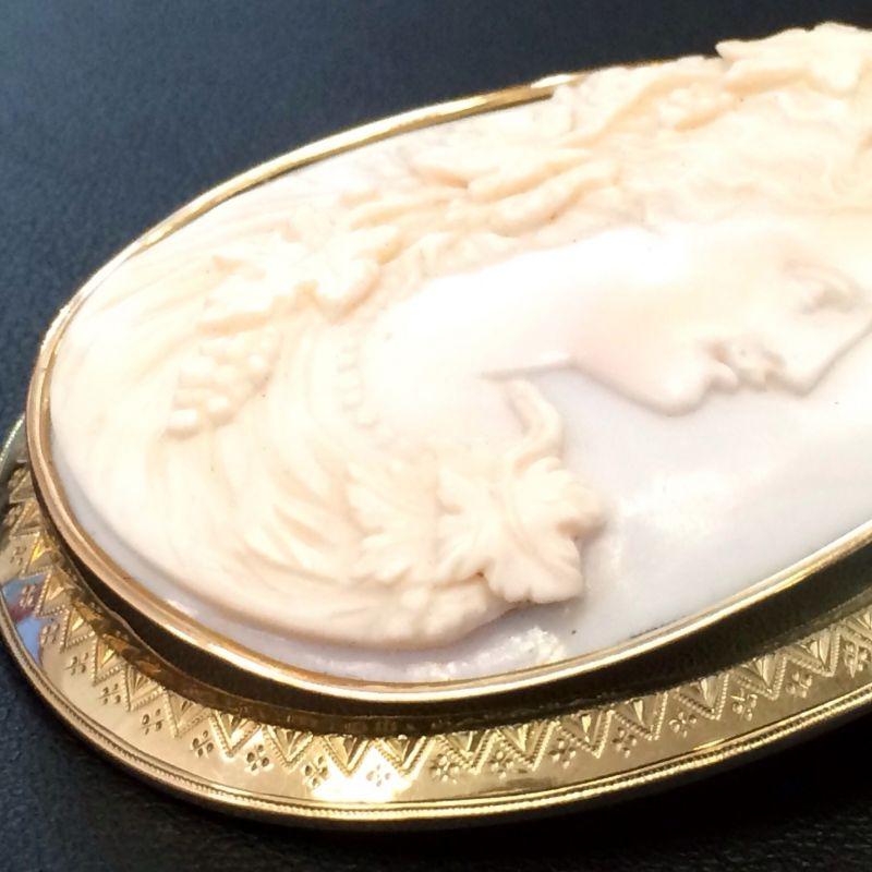Kamè Brosche in 18Kt. 750 Gold aus speziellen Engelsmuscheln angefertigt Absolute Spitzenarbeit! Neupreis:2.900.-€ Jetzt nur:920.-€ Sie sparen insgesamt 70%! - Schwabengold - Stuttgart- Bild 4