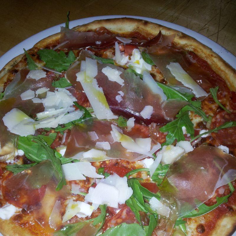 Ab sofort gibt es bei uns frische   GLUTEN  FREI  PIZZA - Parisi Ristorante - Pizzeria - Bar - Augsburg