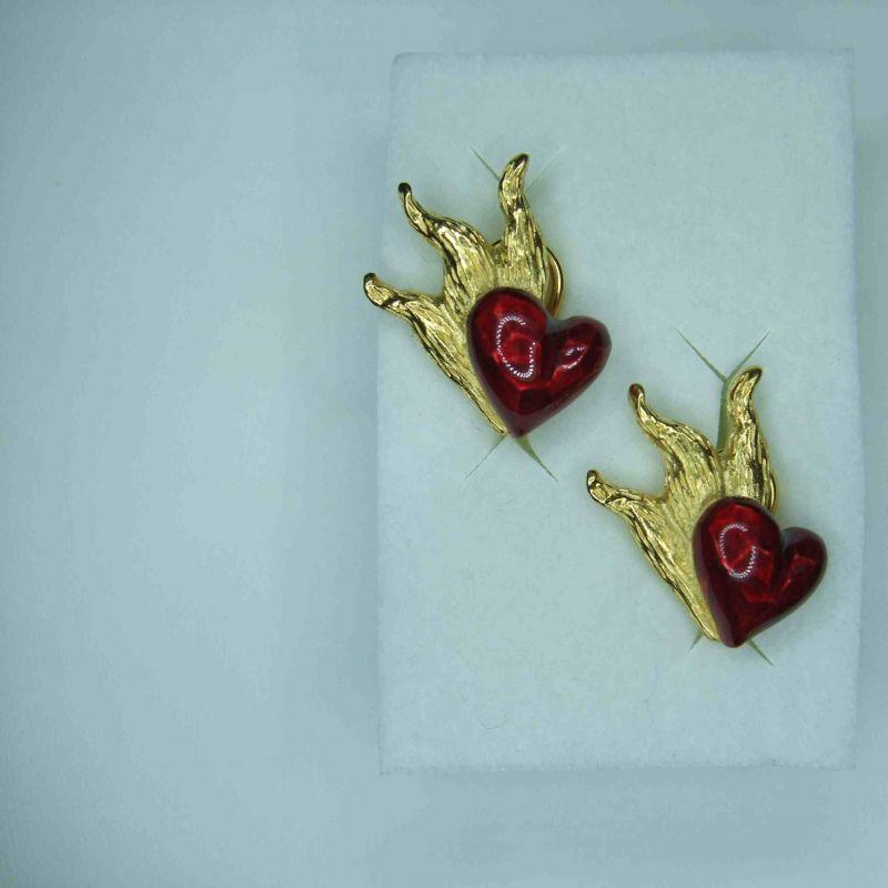 Drachenfels Design D IN 21 AGG Ohrschmuck Silber vergoldet Clip-Ohrstecker 25 mm mit rotem Lackherz - Juwelier Charming - Schwetzingen