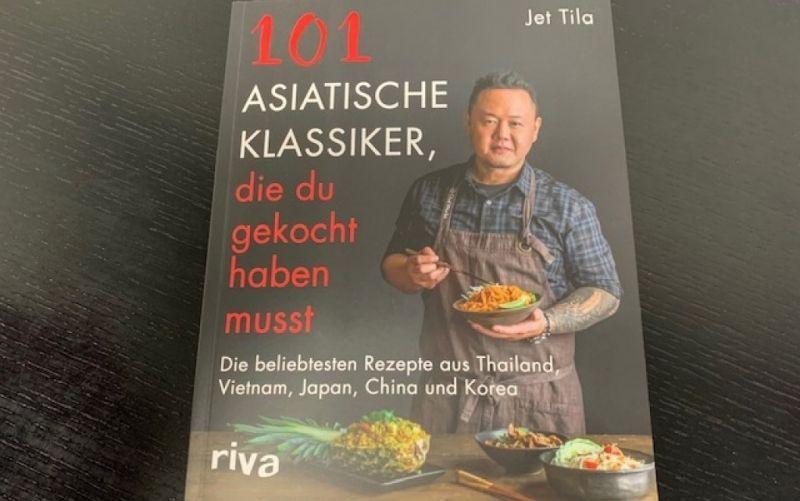 - (c) 101 Asiatische Klassiker, die du gekocht haben musst / Jet Tila / Riva Verlag