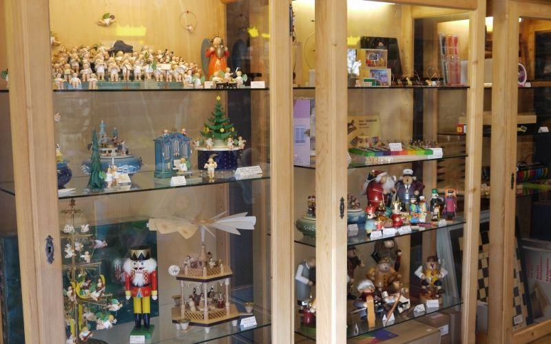Foto 12 von Holzwurm  Spielwaren und Geschenke in Augsburg