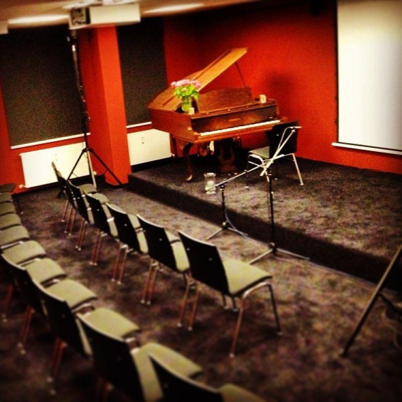 Konzertraum - Konzerte mit Live-Ton-Auftahme bis zu 40 Zuschauer   - stadtmagazin Studio - Köln