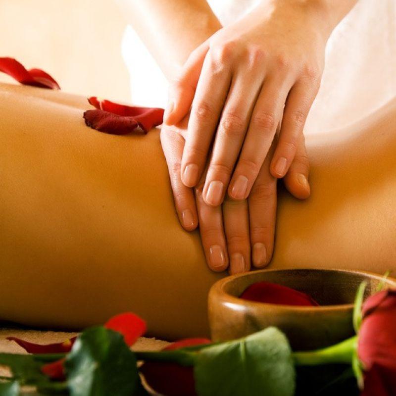 Liebe Kunden, das Juni – Special wartet mit einer 30-minütigen Kennenlern-Massage auf Sie! Im Juni bieten wir Ihnen eine 30-minütige Kennenlern-Massage an. Wählen Sie individuell aus unseren vielen hochwertigen Düften Ihren Lieblings-Duft aus.   Genießen Sie diese Auszeit vom stressigen Alltag. Unsere pflegenden Massagelotionen und hochwertigen Ölessenzen in Kombination mit einer wohltuenden und professionellen Massage verwöhnen und sorgen für Entspannung. Dauer: 30 min – für nur 20 € anstatt 30 € Rufen Sie uns für eine Terminvereinbarung an, schauen Sie – wenn Sie uns noch nicht kennen - unverbindlich vorbei oder verschenken Sie einen Gutschein für ein ganz persönliches Wohlfühlprogramm. Wir freuen uns auf Sie!  Laser-Haarentfernung jetzt im Juni besonders attraktiv! Für alle, die es schon immer versuchen wollten, aber sich nicht getraut haben. Unsere jahrelange Erfahrung bestätigt unser Handeln, denn die Lasermethode funktioniert dauerhaft. Überzeugen Sie sich jetzt selbst von der Wirkung unseres Diodenlasers zur dauerhaften Haarentfernung. Schon eine einmalige Anwendung schenkt  normalerweise 4 – 6 Wochen Ruhe vor nachwachsenden Haaren. Testen Sie uns: Wir lasern Ihnen eine Achsel gratis (Einmalig eine Achsel pro Person). Bis bald Ihr Körperoasen-Team Die Körperoase  Der Day-Spa in Stuttgart   Mercedesstraße 17 0711/ 25 85 89 31   - Die Körperoase - Stuttgart