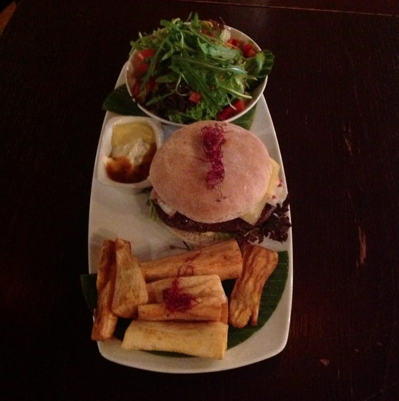 Moyos /New Orleans Classic Burger  - Moyos - Köln