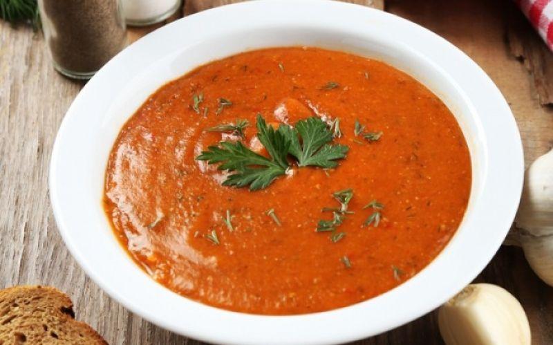 Suppen sind nicht nur lecker, sondern auch gesund! Im Schnitt genießt jeder Deutsche 100 Teller Suppen jährlich. - (c) littlelunch