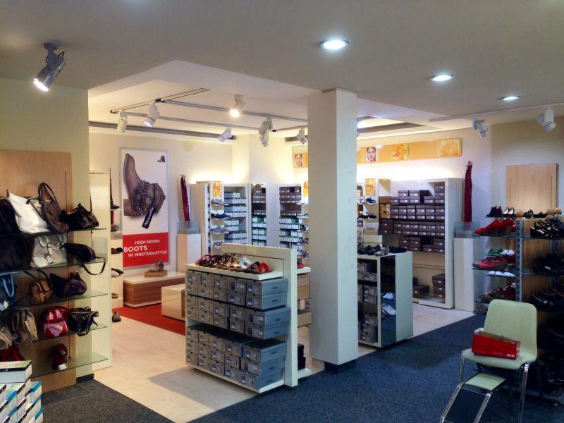 Foto 3 von Barner Schuhe Filiale Wendlingen in Wendlingen am Neckar