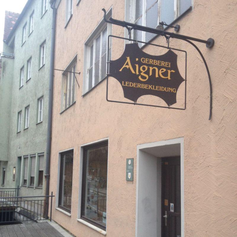 Photo von Aigner   Der Hirschlederer in Augsburg
