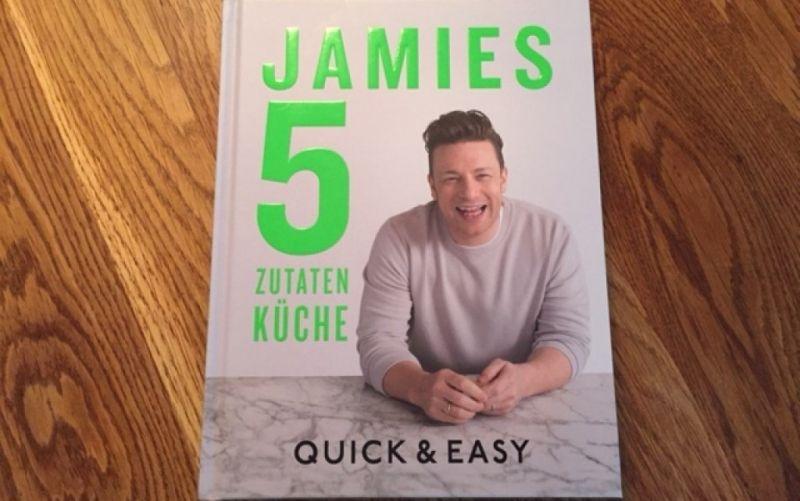 - (c) Jamie Oliver / Jamies 5 Zutaten Küche / Quick & Easy / Christine Pittermann