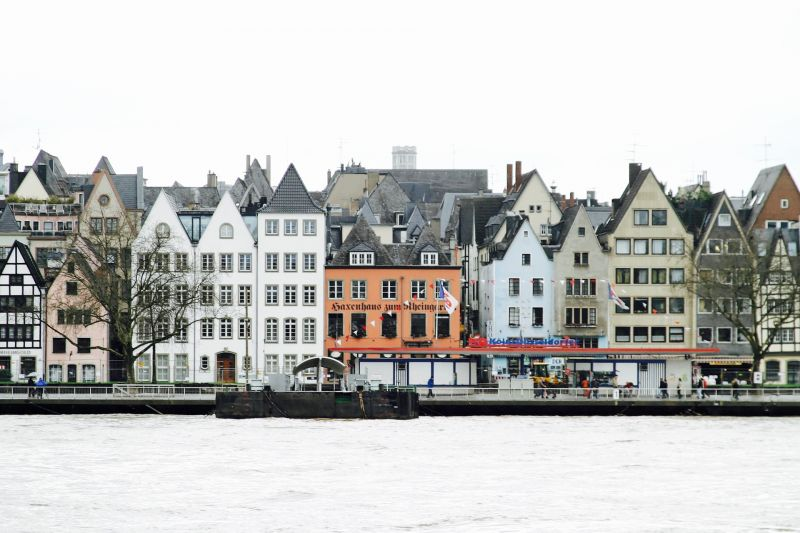 Peggy_Marco/https://pixabay.com/de/fassade-altstadt-stadt-architektur-1046647/