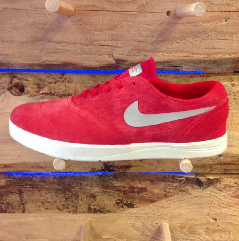 Nike Eric Koston 2 Pimento Red - Roxburry Store Stuttgart - Park and Powder - Stuttgart