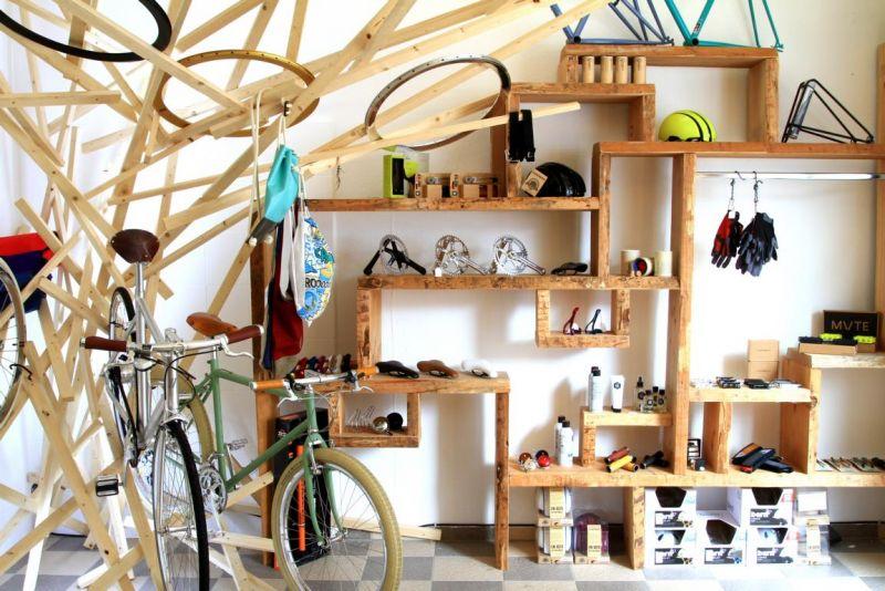 Foto 2 von Basis Fahrradwarenladen in Stuttgart