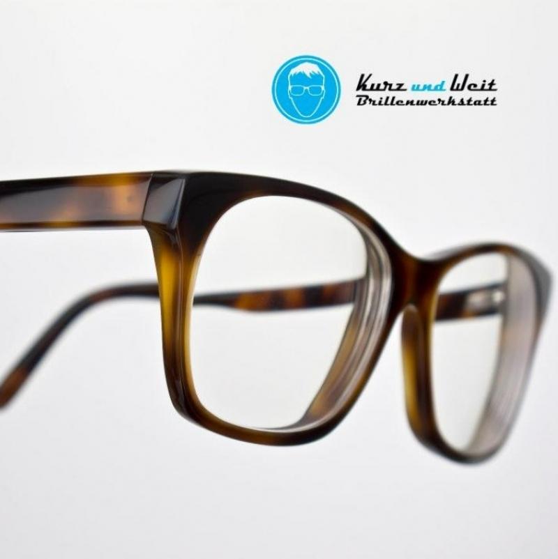 Kurz und Weit Brillenwerkstatt - Kurz und Weit Brillenwerkstatt - Köln