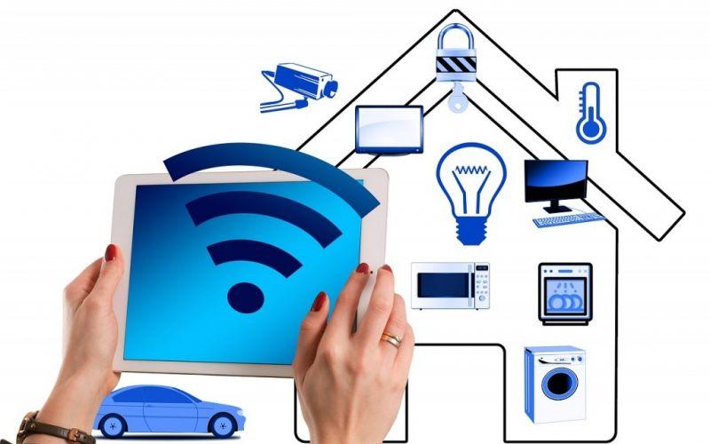 Haustechnik - (c) https://pixabay.com/de/smart-home-haus-technik-multimedia-3096219/
