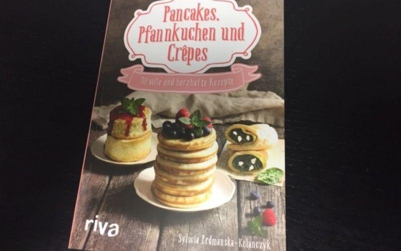 - (c) Pancakes, Pfannkuchen und Crepes / Riva Verlag / Sylwia Erdmanska-Kolanczyk