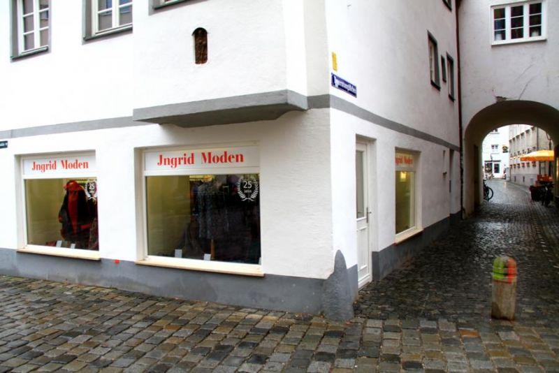 Foto 1 von Ingrid Moden in Augsburg
