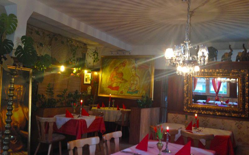 restaurant suriya ludwigsburg indische k che. Black Bedroom Furniture Sets. Home Design Ideas