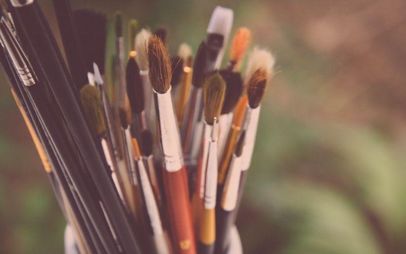 - (c) https://pixabay.com/de/pinsel-malerei-kreativität-künstler-984434/