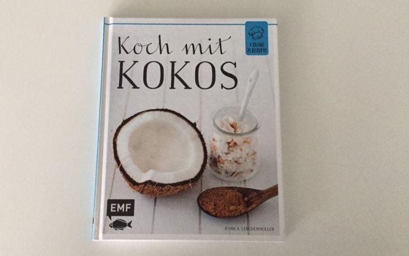 - (c) Koch mit Kokos aus dem EMF Verlag / Christine Pittermann