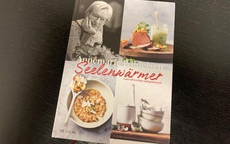 - (c) Seelenwärmer / Annemarie Wildeisen / at Verlag