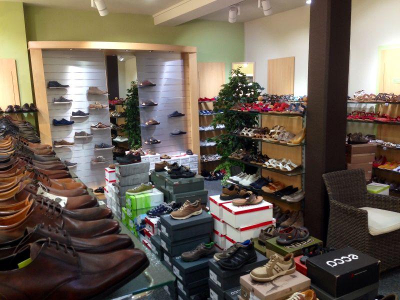 Foto 2 von Barner Schuhe Filiale Wendlingen in Wendlingen am Neckar