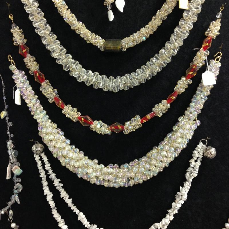 Halsketten aus Glas - Beads-N-More Glasperlen und Zubehör - Stuttgart
