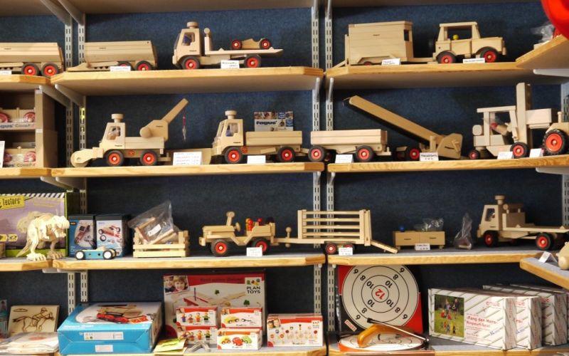 Foto 4 von Holzwurm  Spielwaren und Geschenke in Augsburg