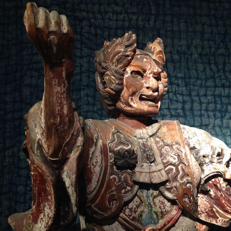japanischer Himmelswächter, antik - GALERIE ARABESQUE - Teppiche - Textilien - Skulpturen aus Asien und Europa - GALARIE ARABESQUE - Stuttgart