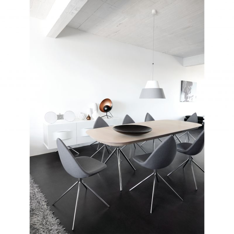 boconcept sindelfingen viele design lampen im sortiment hochwertige designerm bel f r die. Black Bedroom Furniture Sets. Home Design Ideas