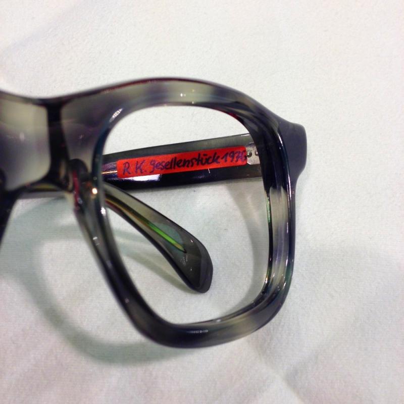 Handgefertigte Brille ( Einzelstück) von Rainer Kalb, Gesellenstück von 1976 - Optiker Kalb - Stuttgart- Bild 2